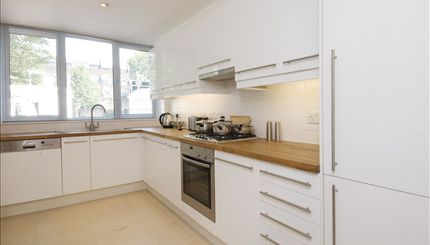 Portobello Apartments - typical kitchen