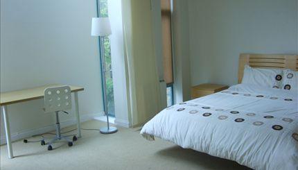 Sutherland Avenuen - typical bedroom