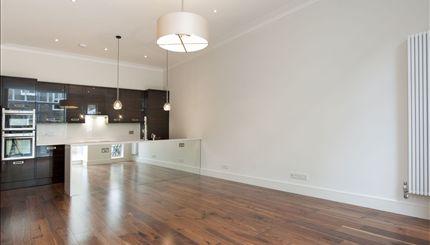 Sutherland Avenue - Flat 3 Kitchen