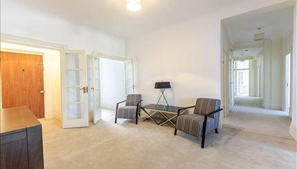 Apartment 14, Strathmore Court - Reception (2)