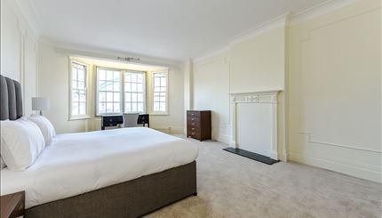 Apartment 14, Strathmore Court - Bedroom (4)